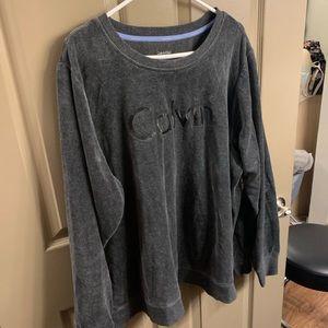 Calvin Klein pullover!